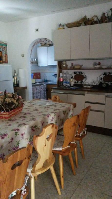 https://www.progettocasa1.it/immagini_immobili/11-09-2020/soluzione-indipendente-vendita-montelanico-roma-localit-acquasanta-485.jpg