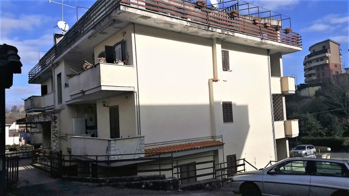 http://www.progettocasa1.it/immagini_immobili/12-04-2017/appartamento-vendita-colleferro-roma-via-dei-gelsi-83.jpg