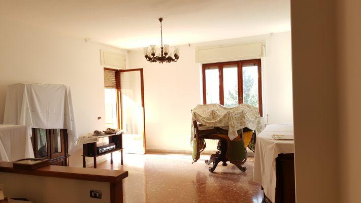 http://www.progettocasa1.it/immagini_immobili/12-04-2017/appartamento-vendita-colleferro-roma-via-monti-93.jpg