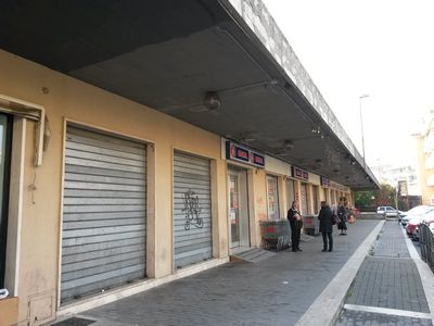 http://www.progettocasa1.it/immagini_immobili/12-04-2017/locale-commerciale-vendita-colleferro-roma-largo-xxv-aprile-89.jpg