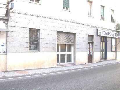 https://www.progettocasa1.it/immagini_immobili/12-04-2017/locale-commerciale-vendita-colleferro-roma-via-dellartigianato-46.jpg