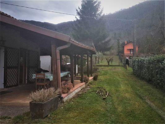 http://www.progettocasa1.it/immagini_immobili/12-04-2017/soluzione-indipendente-vendita-montelanico-roma-localita-vigne-nuove-152.jpg