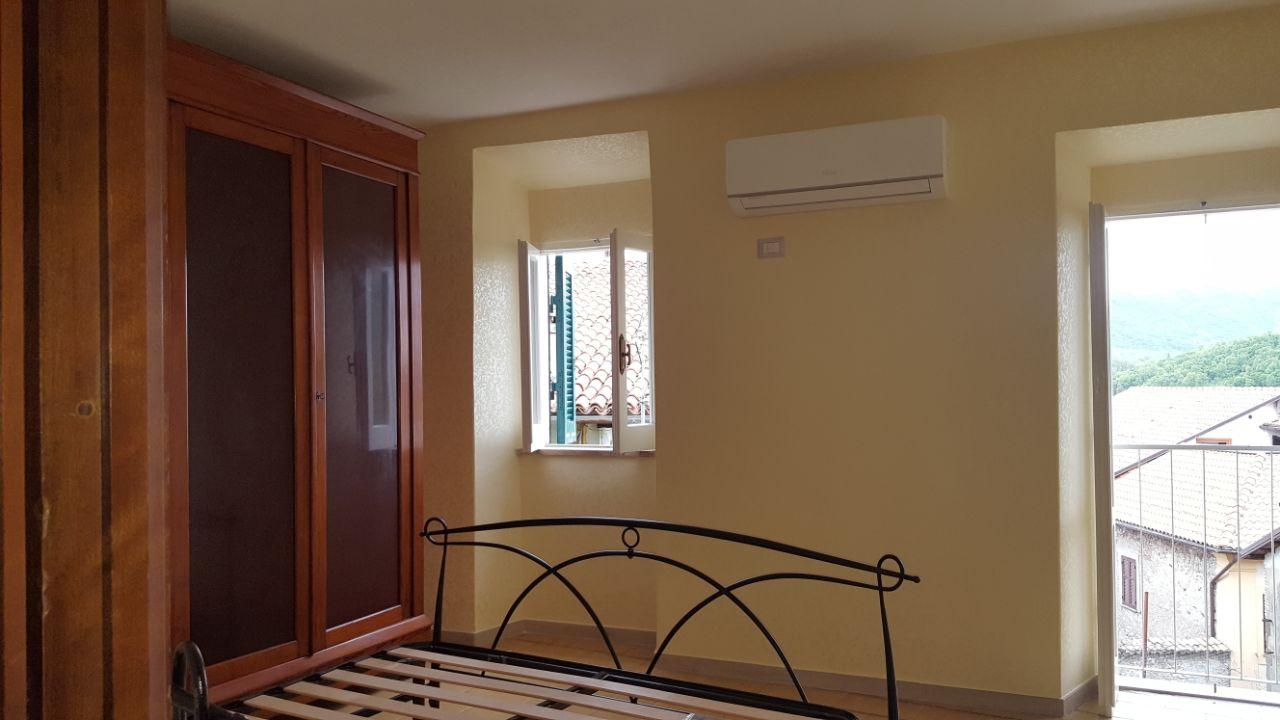 http://www.progettocasa1.it/immagini_immobili/12-05-2017/appartamento-affitto-segni-roma-via-tomassi-489.jpg