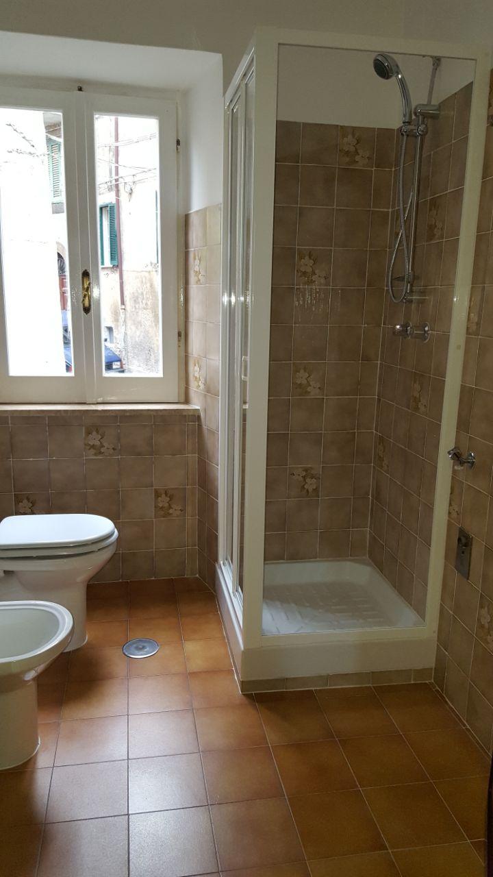 http://www.progettocasa1.it/immagini_immobili/12-05-2017/appartamento-affitto-segni-roma-via-tomassi-490.jpg