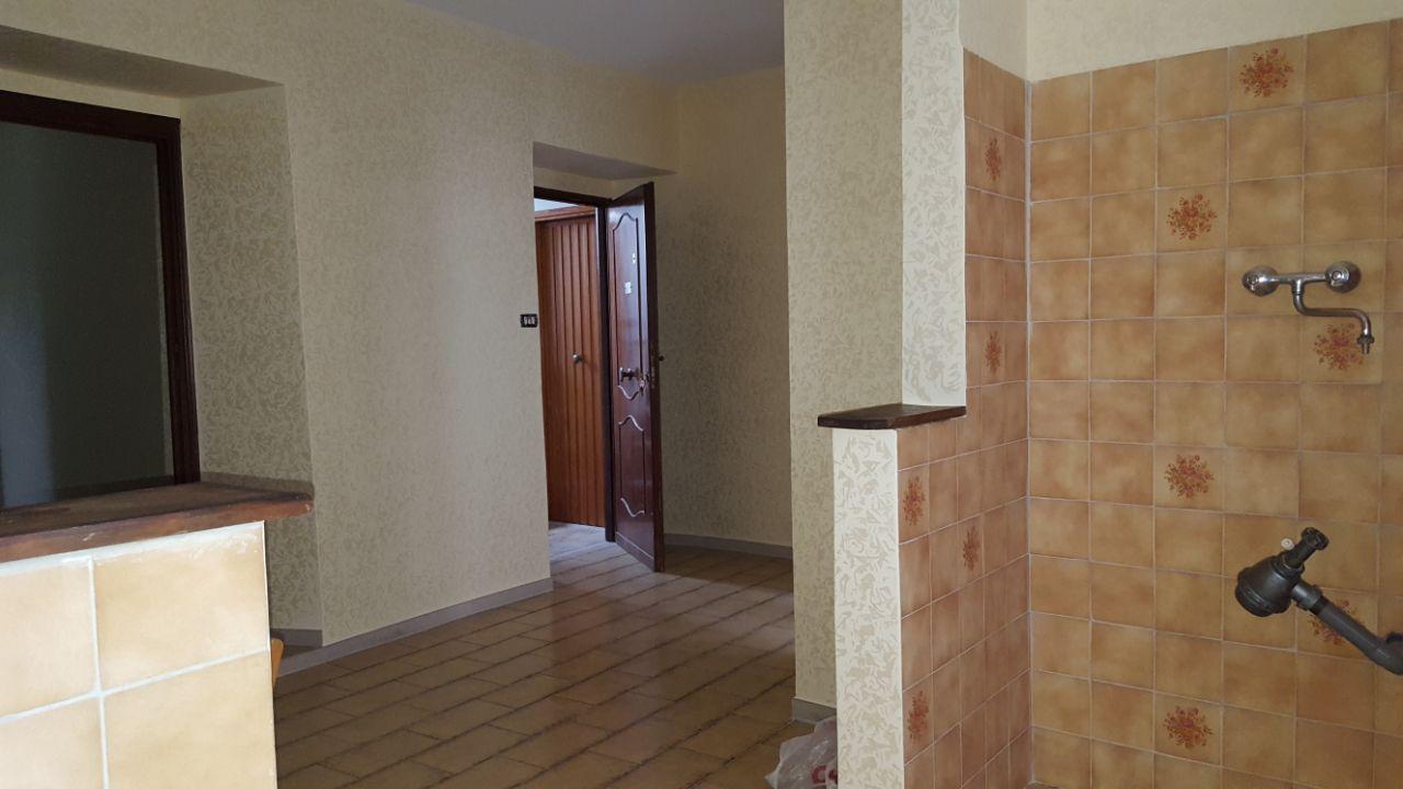 http://www.progettocasa1.it/immagini_immobili/12-05-2017/appartamento-vendita-segni-roma-via-tomassi-200.jpg