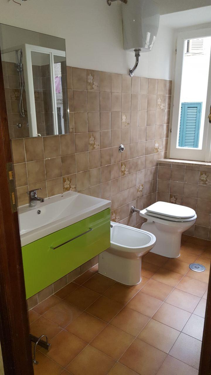 http://www.progettocasa1.it/immagini_immobili/12-05-2017/appartamento-vendita-segni-roma-via-tomassi-216.jpg