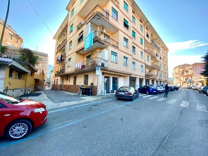 https://www.progettocasa1.it/immagini_immobili/12-10-2020/locale-commerciale-vendita-colleferro-roma-via-giuseppe-di-vittorio-20-764.jpg