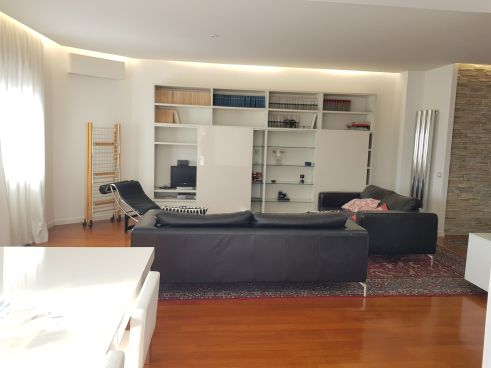 https://www.progettocasa1.it/immagini_immobili/12-11-2020/appartamento-vendita-colleferro-roma-via-latina-100-573.jpg