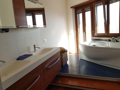 https://www.progettocasa1.it/immagini_immobili/12-11-2020/appartamento-vendita-colleferro-roma-via-latina-100-575.jpg
