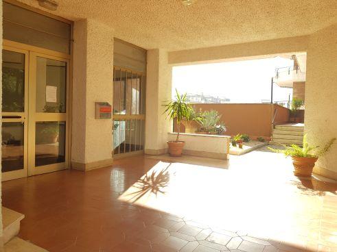 https://www.progettocasa1.it/immagini_immobili/12-11-2020/appartamento-vendita-colleferro-roma-via-latina-100-585.jpg