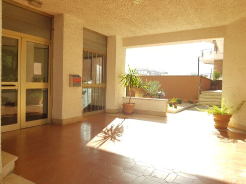 https://www.progettocasa1.it/immagini_immobili/12-11-2020/appartamento-vendita-colleferro-roma-via-latina-100-910.jpg