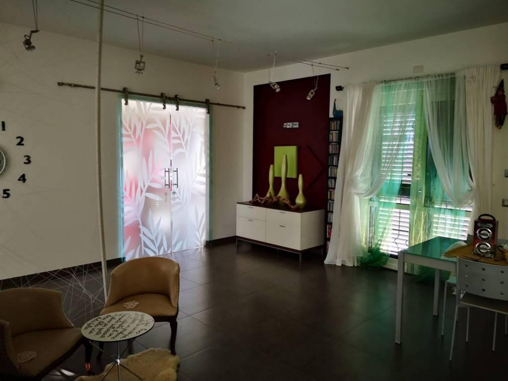 https://www.progettocasa1.it/immagini_immobili/13-01-2021/soluzione-indipendente-vendita-colleferro-roma-colle-carinelli-556.jpg