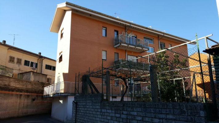 http://www.progettocasa1.it/immagini_immobili/13-04-2017/appartamento-vendita-colleferro-roma-via-pomezia-150.jpg