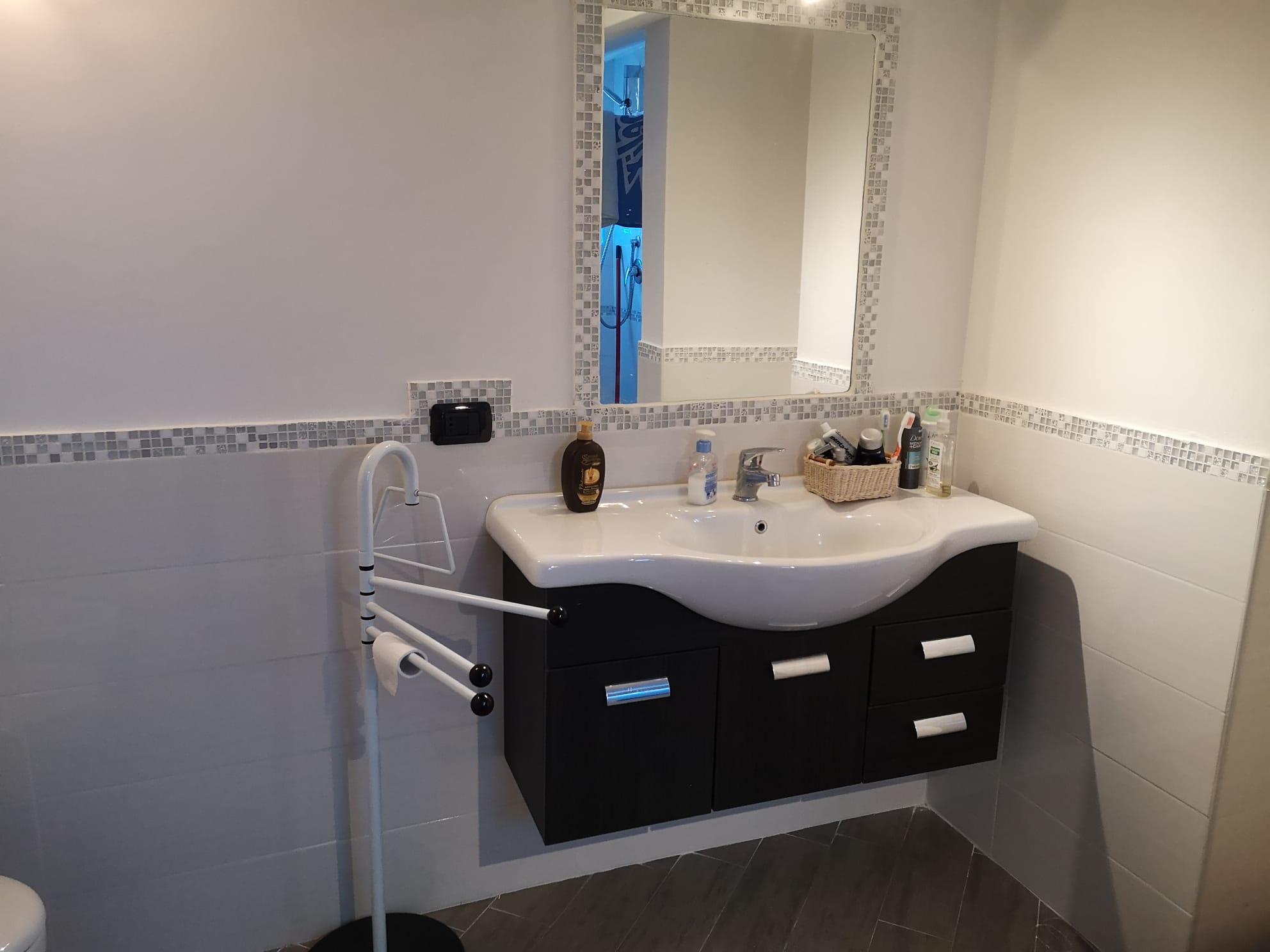 https://www.progettocasa1.it/immagini_immobili/13-05-2020/appartamento-vendita-colleferro-roma-via-rocco-dolce-4-427.jpg