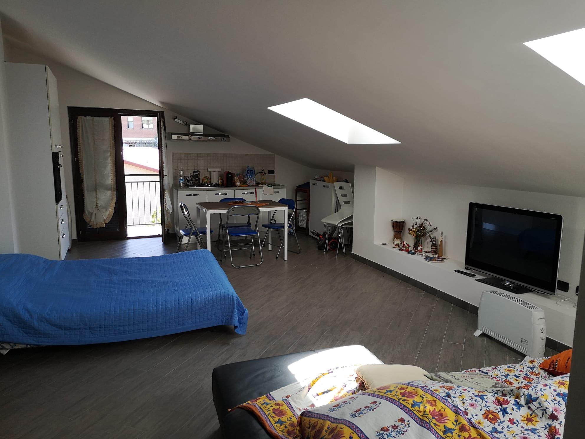 https://www.progettocasa1.it/immagini_immobili/13-05-2020/appartamento-vendita-colleferro-roma-via-rocco-dolce-4-596.jpg