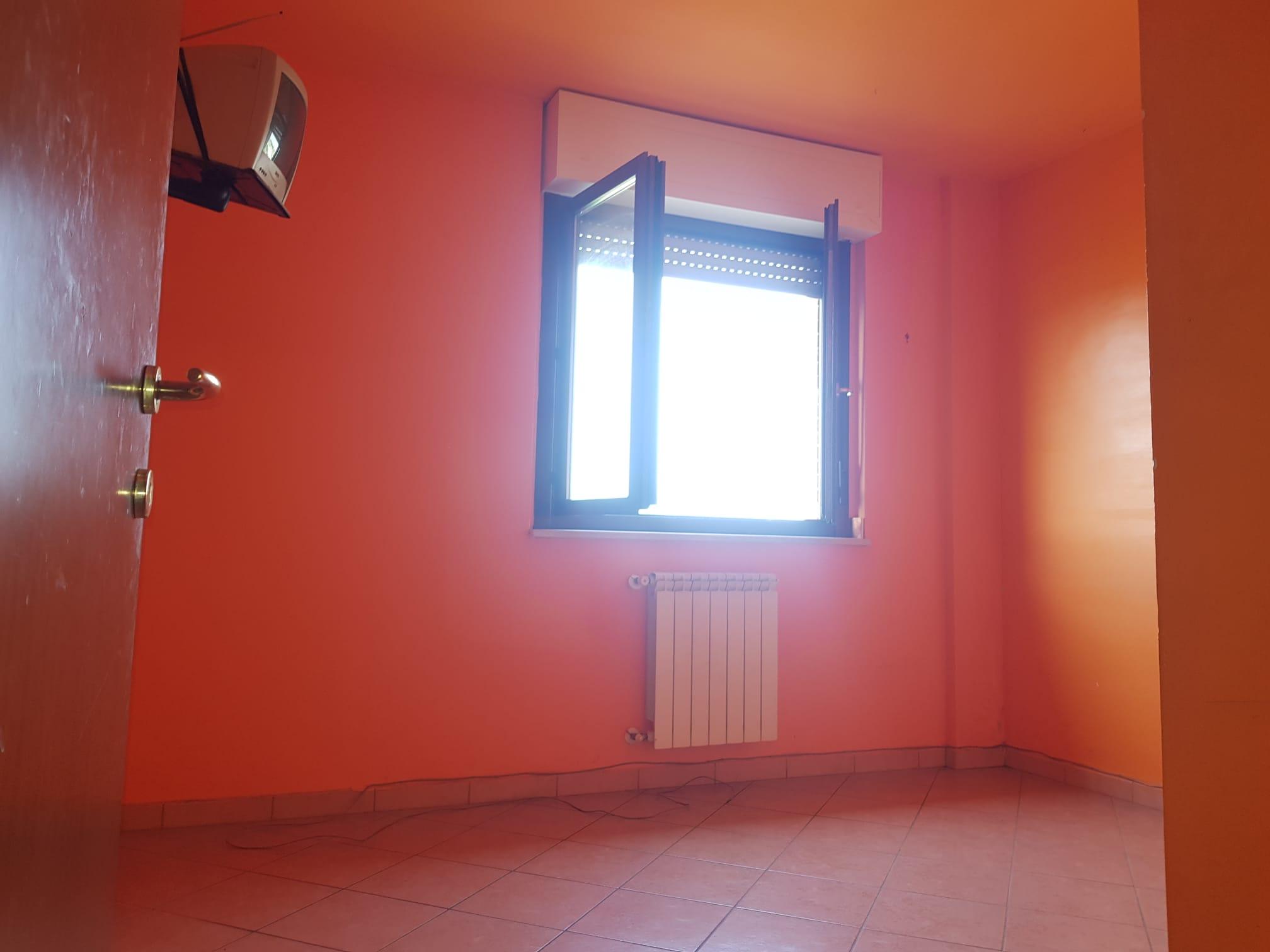 https://www.progettocasa1.it/immagini_immobili/13-07-2021/appartamento-vendita-colleferro-roma-via-alessandro-manzoni-798.jpg
