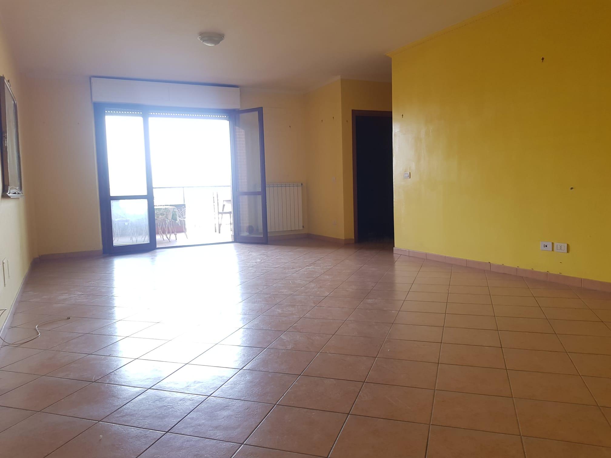 https://www.progettocasa1.it/immagini_immobili/13-07-2021/appartamento-vendita-colleferro-roma-via-alessandro-manzoni-799.jpg