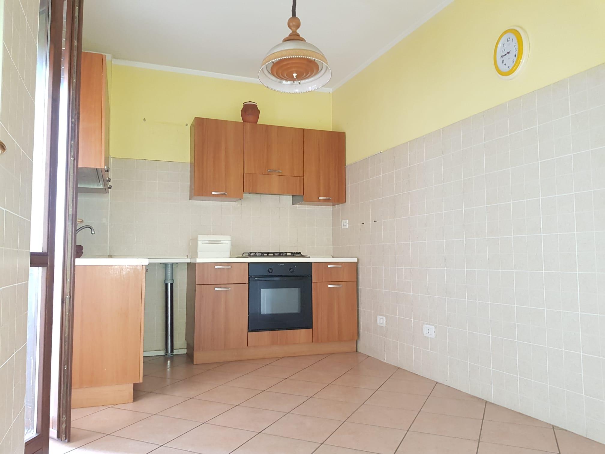 https://www.progettocasa1.it/immagini_immobili/13-07-2021/appartamento-vendita-colleferro-roma-via-alessandro-manzoni-801.jpg