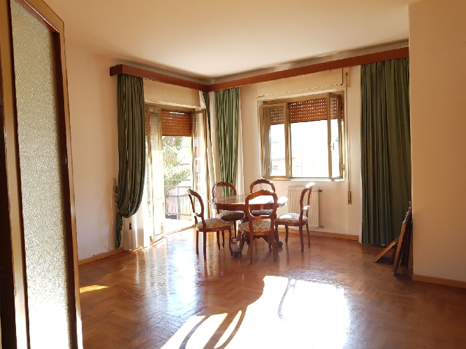 http://www.progettocasa1.it/immagini_immobili/13-11-2017/appartamento-vendita-colleferro-roma-via-della-selva-81-987.jpg
