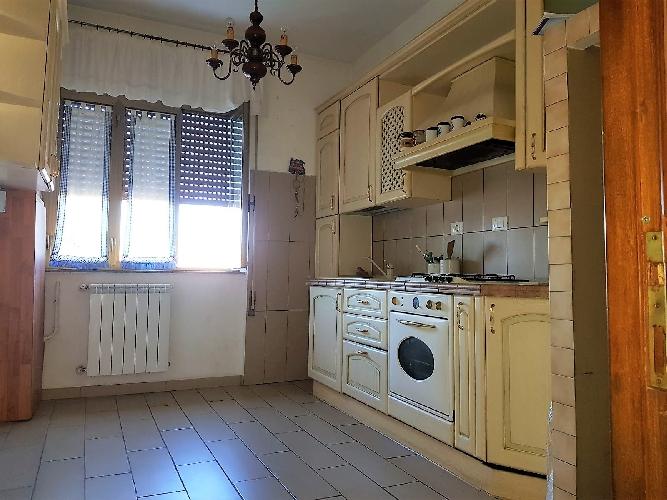 http://www.progettocasa1.it/immagini_immobili/13-11-2017/appartamento-vendita-colleferro-roma-via-della-selva-81-996.jpg