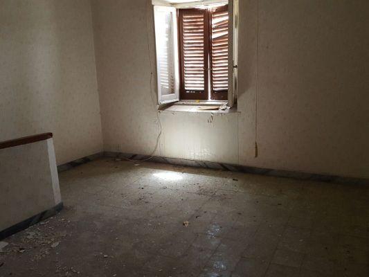 https://www.progettocasa1.it/immagini_immobili/14-04-2017/appartamento-vendita-segni-roma-via-della-torre-46.jpg