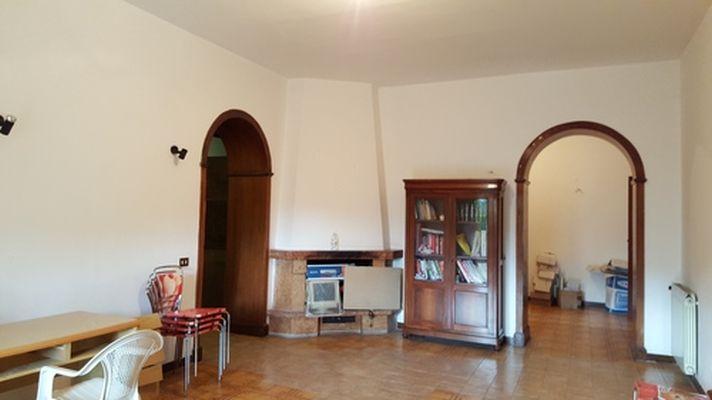 https://www.progettocasa1.it/immagini_immobili/14-04-2017/ufficio-affitto-colleferro-roma-piazza-aldo-moro-89.jpg