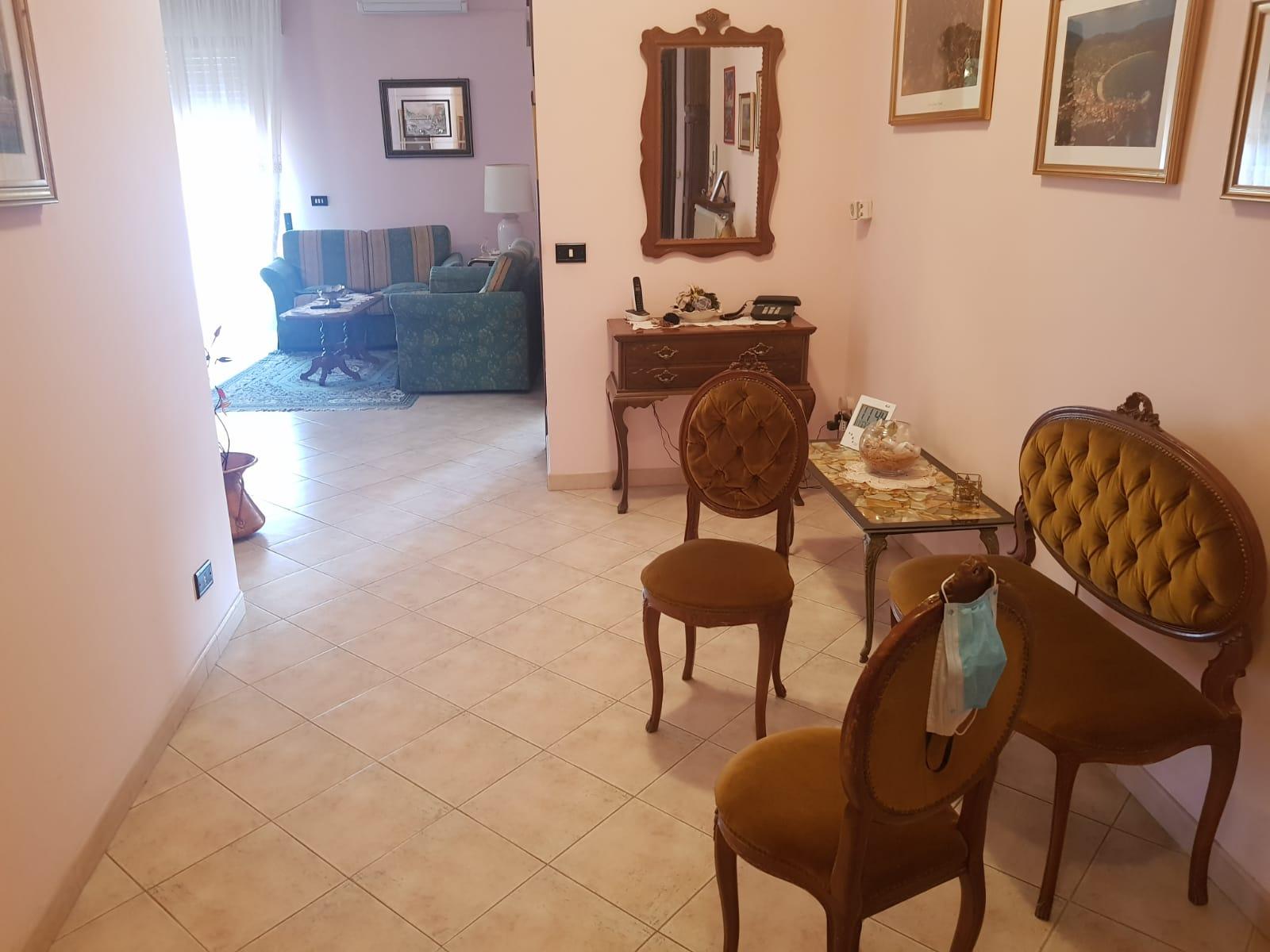 https://www.progettocasa1.it/immagini_immobili/14-06-2021/appartamento-vendita-colleferro-roma-via-tiziano19-736.jpg