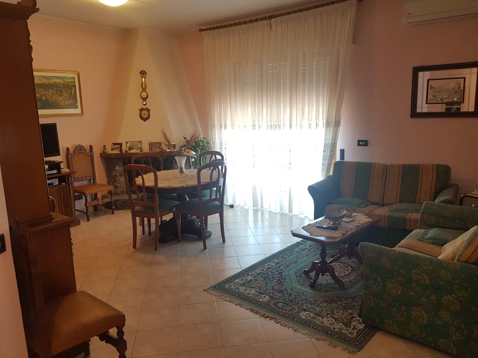 https://www.progettocasa1.it/immagini_immobili/14-06-2021/appartamento-vendita-colleferro-roma-via-tiziano19-737.jpg