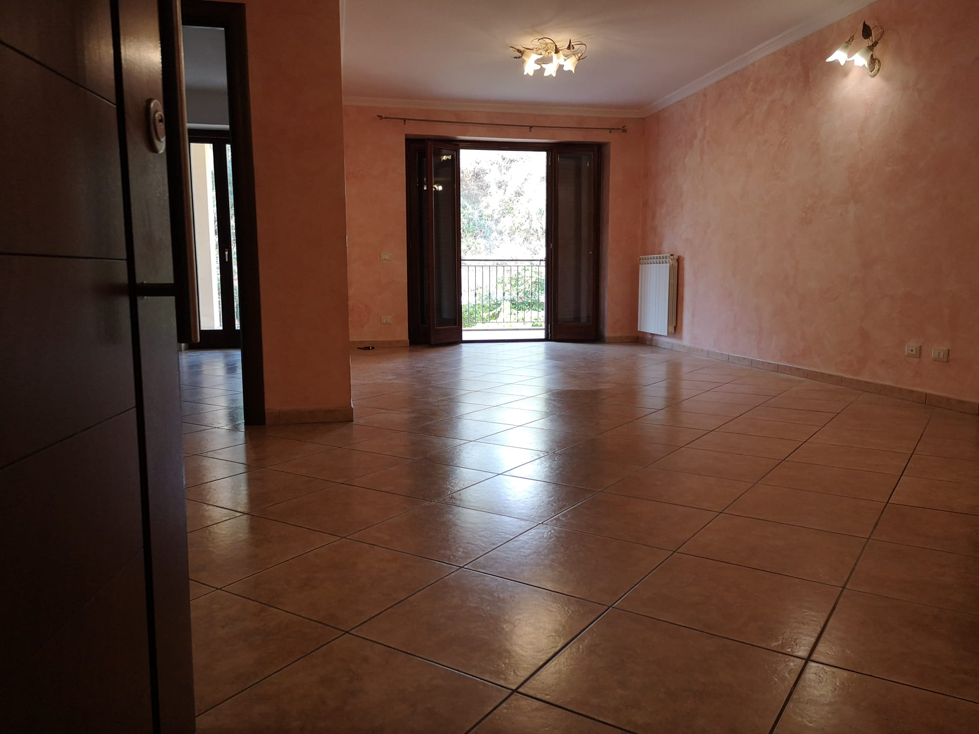 https://www.progettocasa1.it/immagini_immobili/14-09-2020/appartamento-vendita-colleferro-roma-via-oriana-fallaci-405.jpg