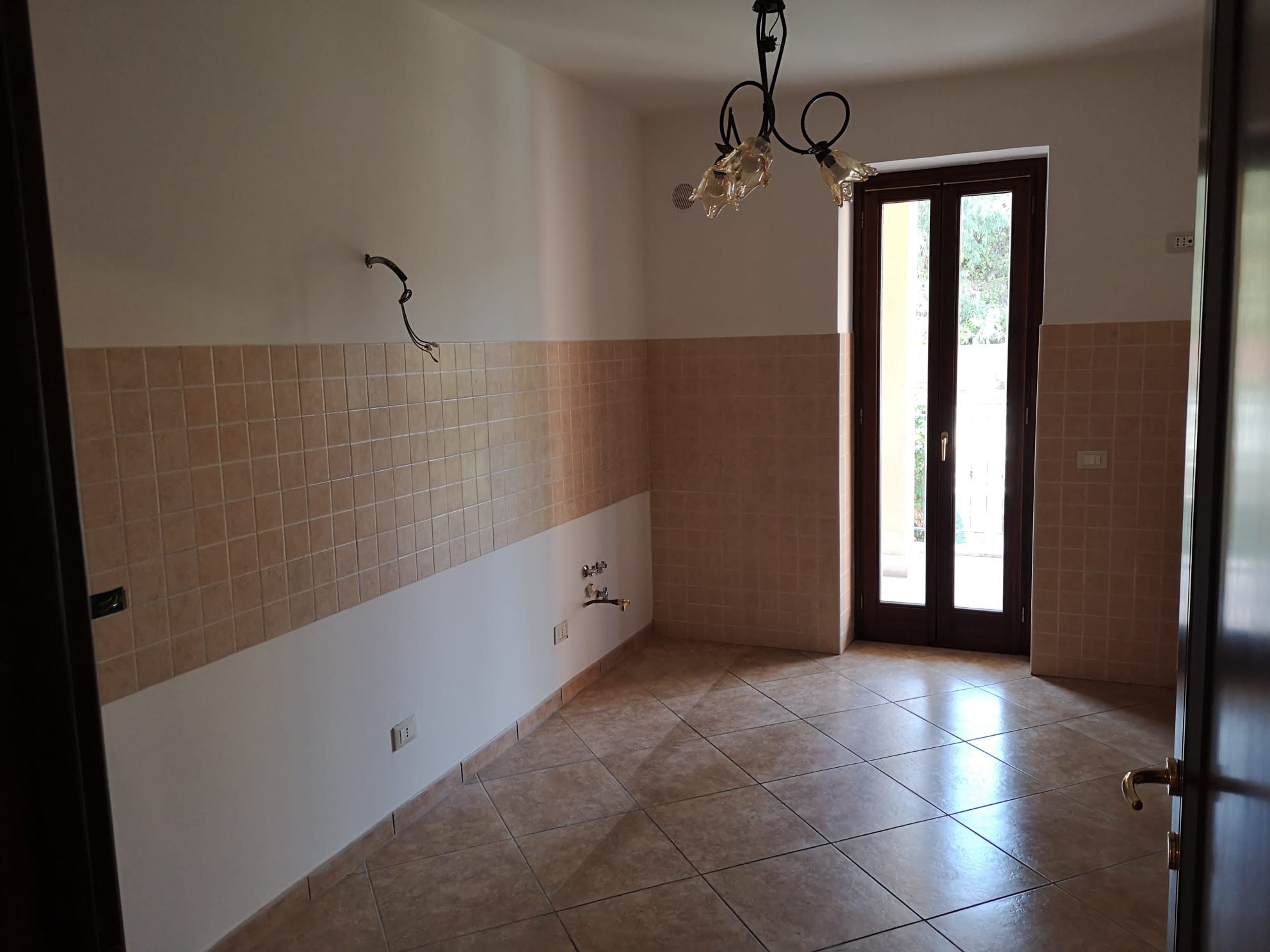 https://www.progettocasa1.it/immagini_immobili/14-09-2020/appartamento-vendita-colleferro-roma-via-oriana-fallaci-410.jpg