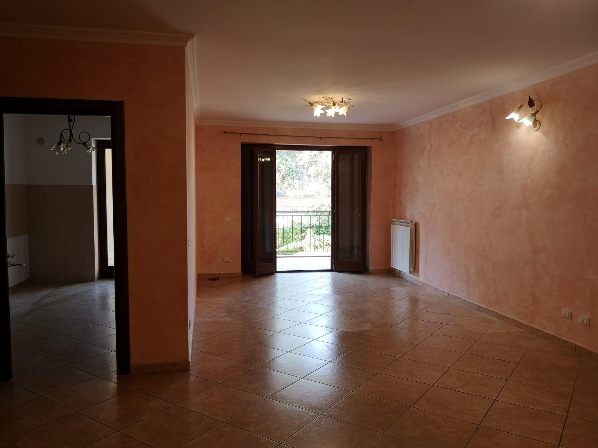 https://www.progettocasa1.it/immagini_immobili/14-09-2020/appartamento-vendita-colleferro-roma-via-oriana-fallaci-663.jpg