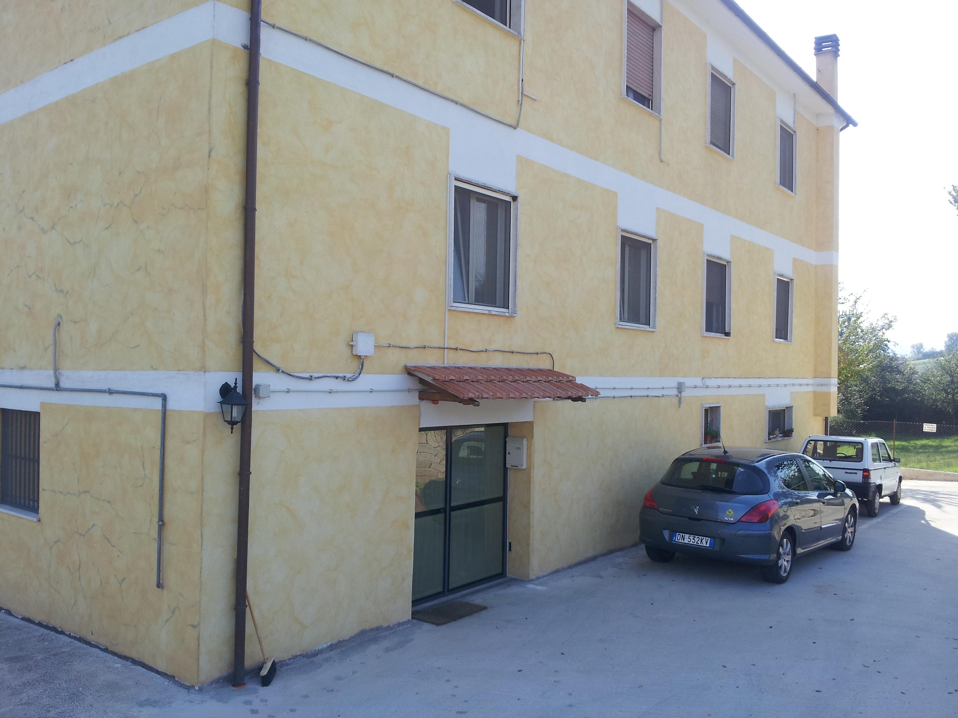 https://www.progettocasa1.it/immagini_immobili/14-10-2019/appartamento-vendita-segni-roma-via-della-mola2-686.jpg