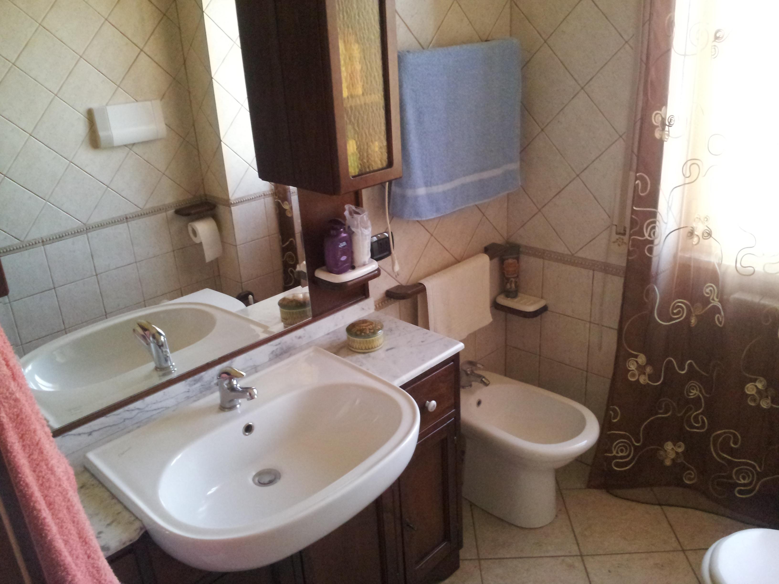 https://www.progettocasa1.it/immagini_immobili/14-10-2019/appartamento-vendita-segni-roma-via-della-mola2-815.jpg