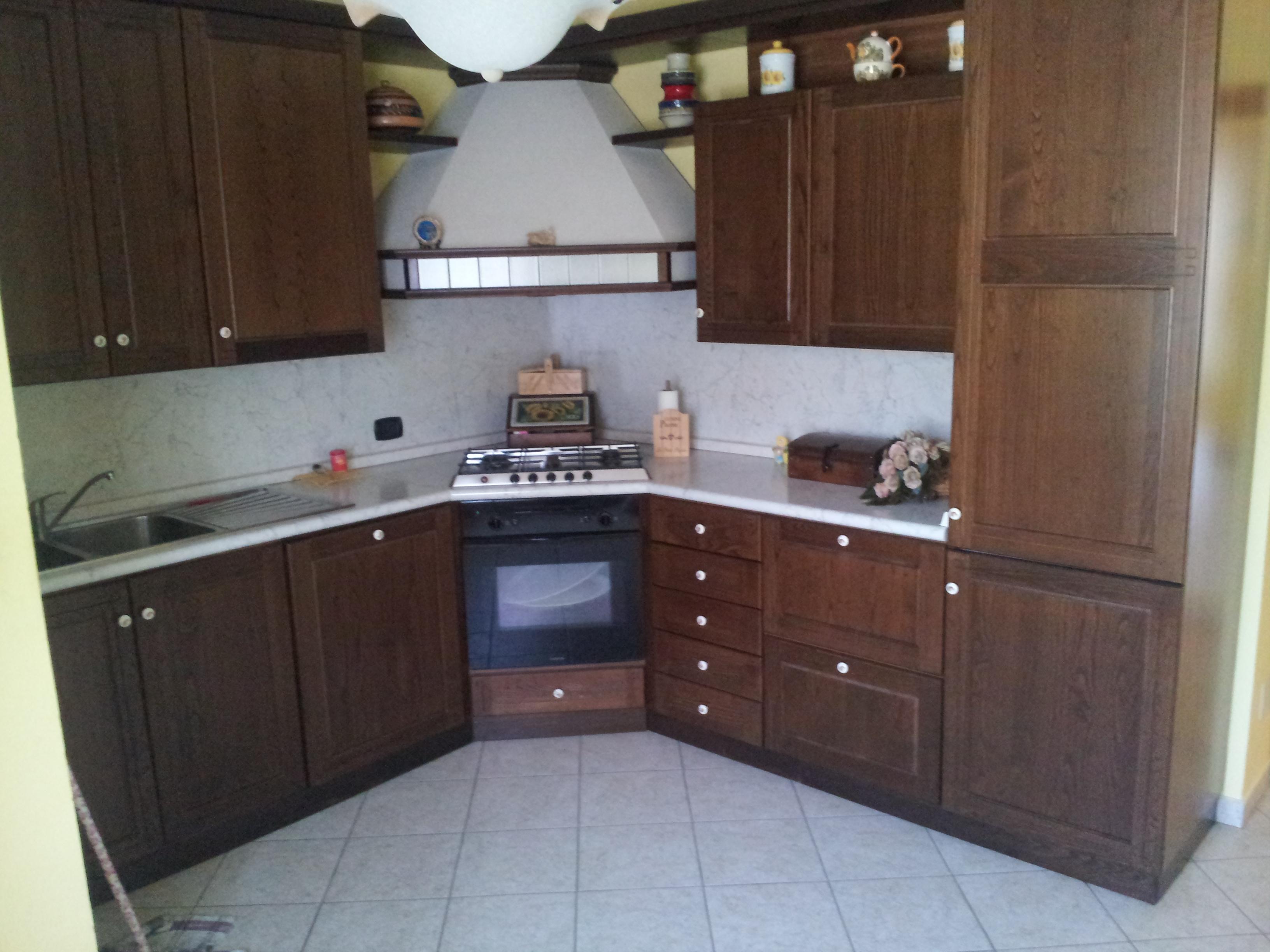 https://www.progettocasa1.it/immagini_immobili/14-10-2019/appartamento-vendita-segni-roma-via-della-mola2-816.jpg