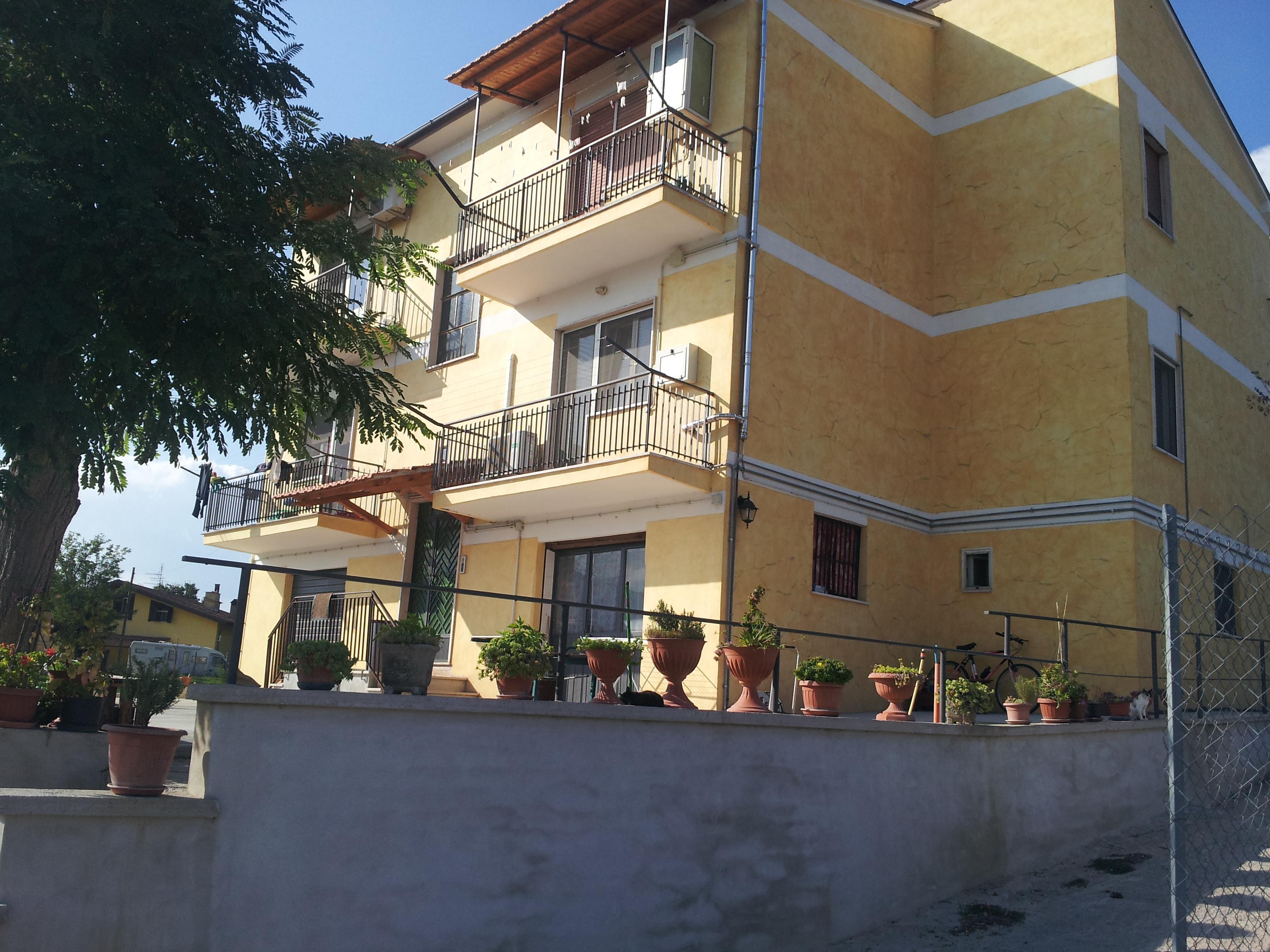 https://www.progettocasa1.it/immagini_immobili/14-10-2019/appartamento-vendita-segni-roma-via-della-mola2-819.jpg