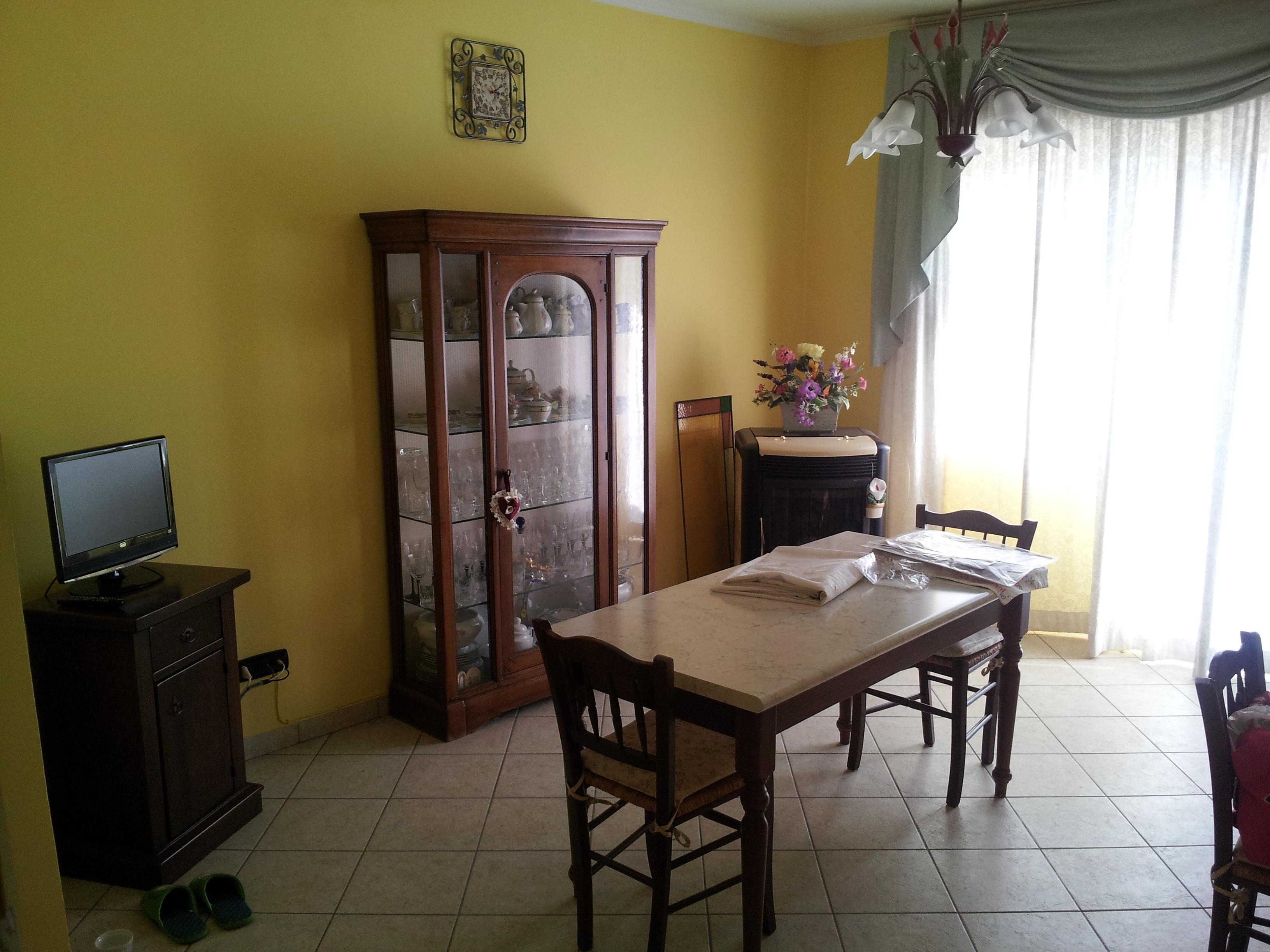 https://www.progettocasa1.it/immagini_immobili/14-10-2019/appartamento-vendita-segni-roma-via-della-mola2-821.jpg