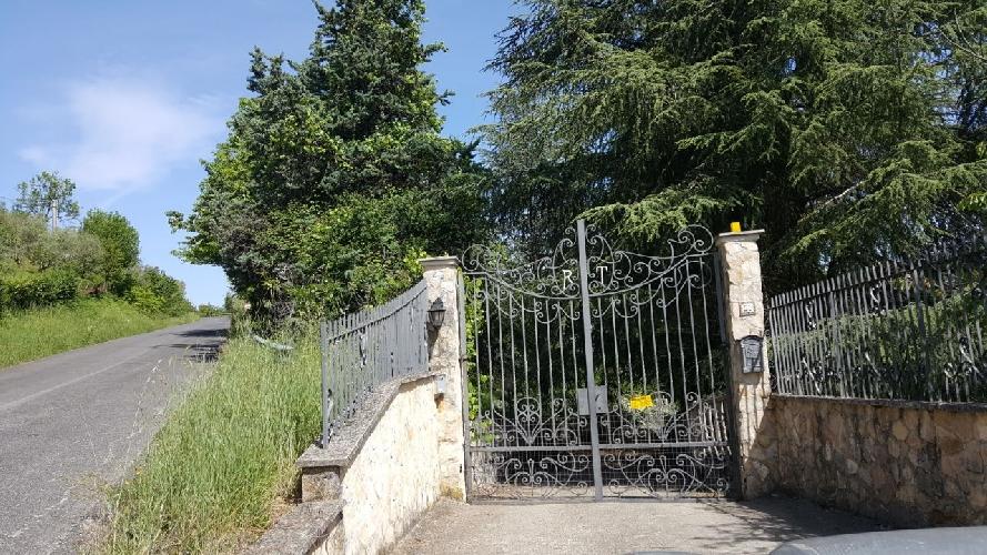 http://www.progettocasa1.it/immagini_immobili/15-05-2017/soluzione-indipendente-vendita-segni-roma-via-carpinetana-ovest-55-655.jpg