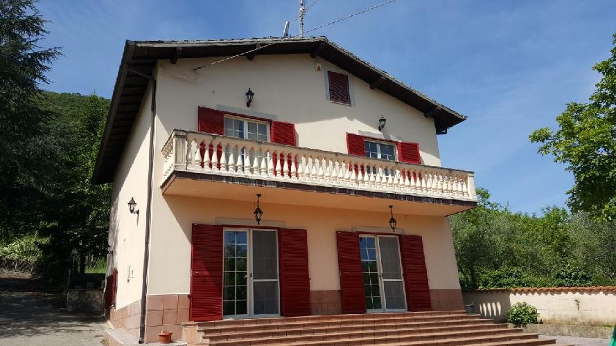 http://www.progettocasa1.it/immagini_immobili/15-05-2017/soluzione-indipendente-vendita-segni-roma-via-carpinetana-ovest-55-667.jpg