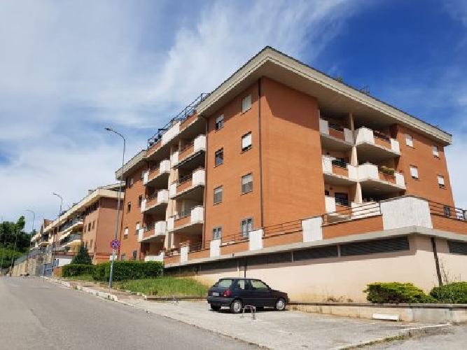 https://www.progettocasa1.it/immagini_immobili/15-05-2020/appartamento-vendita-colleferro-roma-via-oriana-fallaci-5-849.jpg