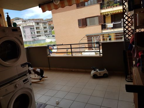 https://www.progettocasa1.it/immagini_immobili/15-05-2020/appartamento-vendita-colleferro-roma-via-oriana-fallaci-5-854.jpg