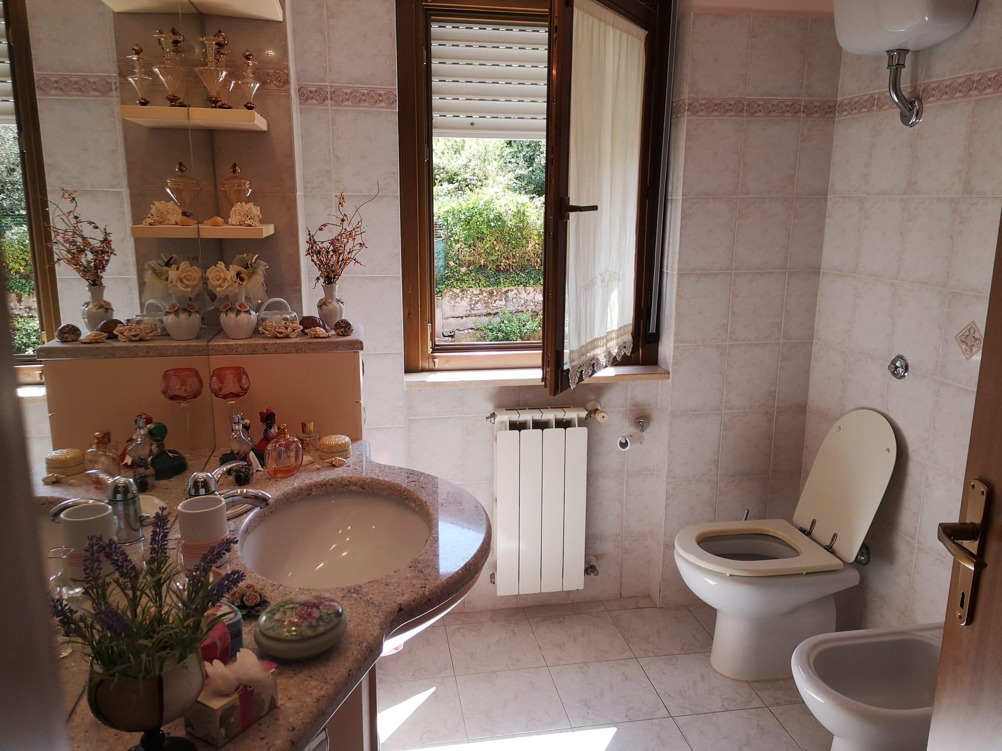 https://www.progettocasa1.it/immagini_immobili/15-07-2021/appartamento-vendita-colleferro-roma-piazza-gaucci-813.jpg