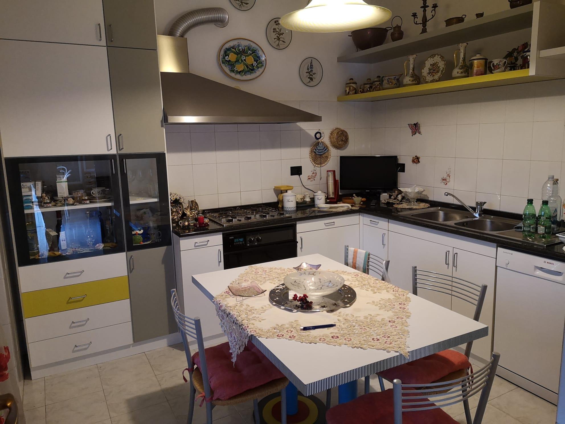 https://www.progettocasa1.it/immagini_immobili/15-07-2021/appartamento-vendita-colleferro-roma-piazza-gaucci-814.jpg