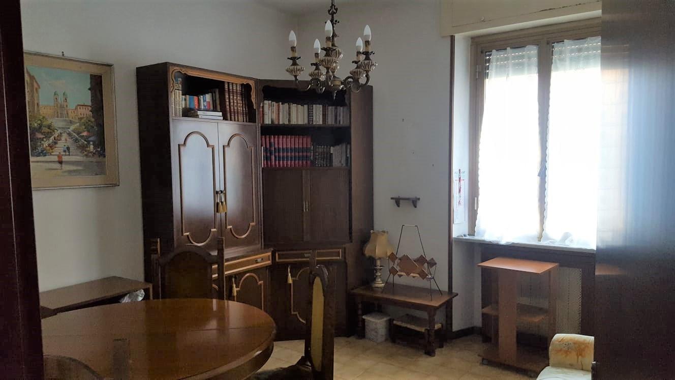 https://www.progettocasa1.it/immagini_immobili/15-10-2020/appartamento-vendita-colleferro-roma-via-santa-barbara3-927.jpg