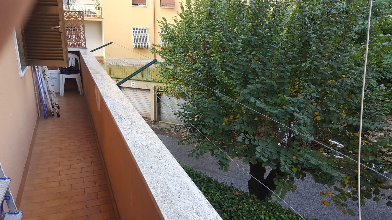https://www.progettocasa1.it/immagini_immobili/15-10-2020/appartamento-vendita-colleferro-roma-via-santa-barbara3-932.jpg