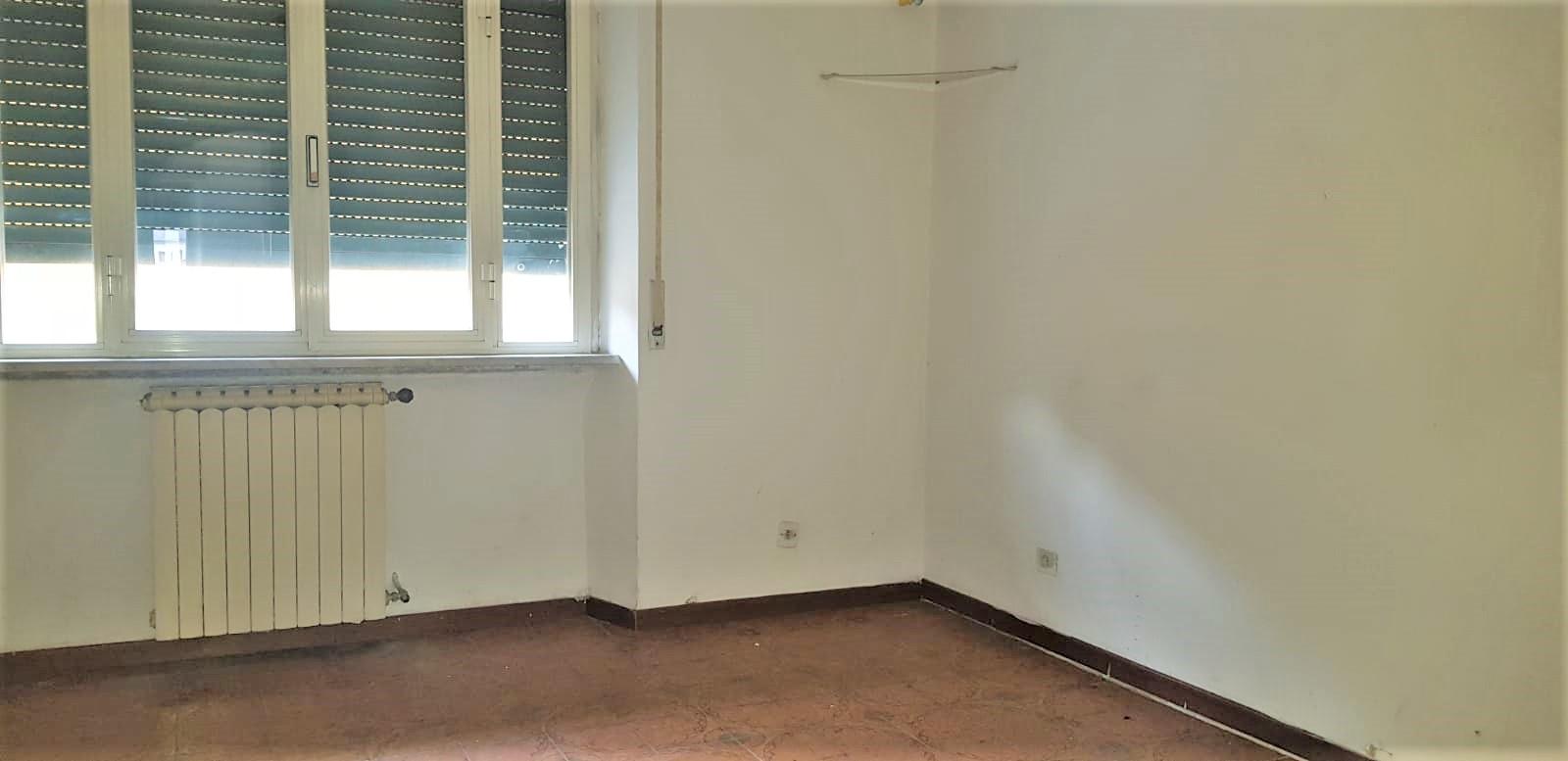 https://www.progettocasa1.it/immagini_immobili/15-11-2019/appartamento-vendita-colleferro-roma-viale-savoia-6-306.jpg