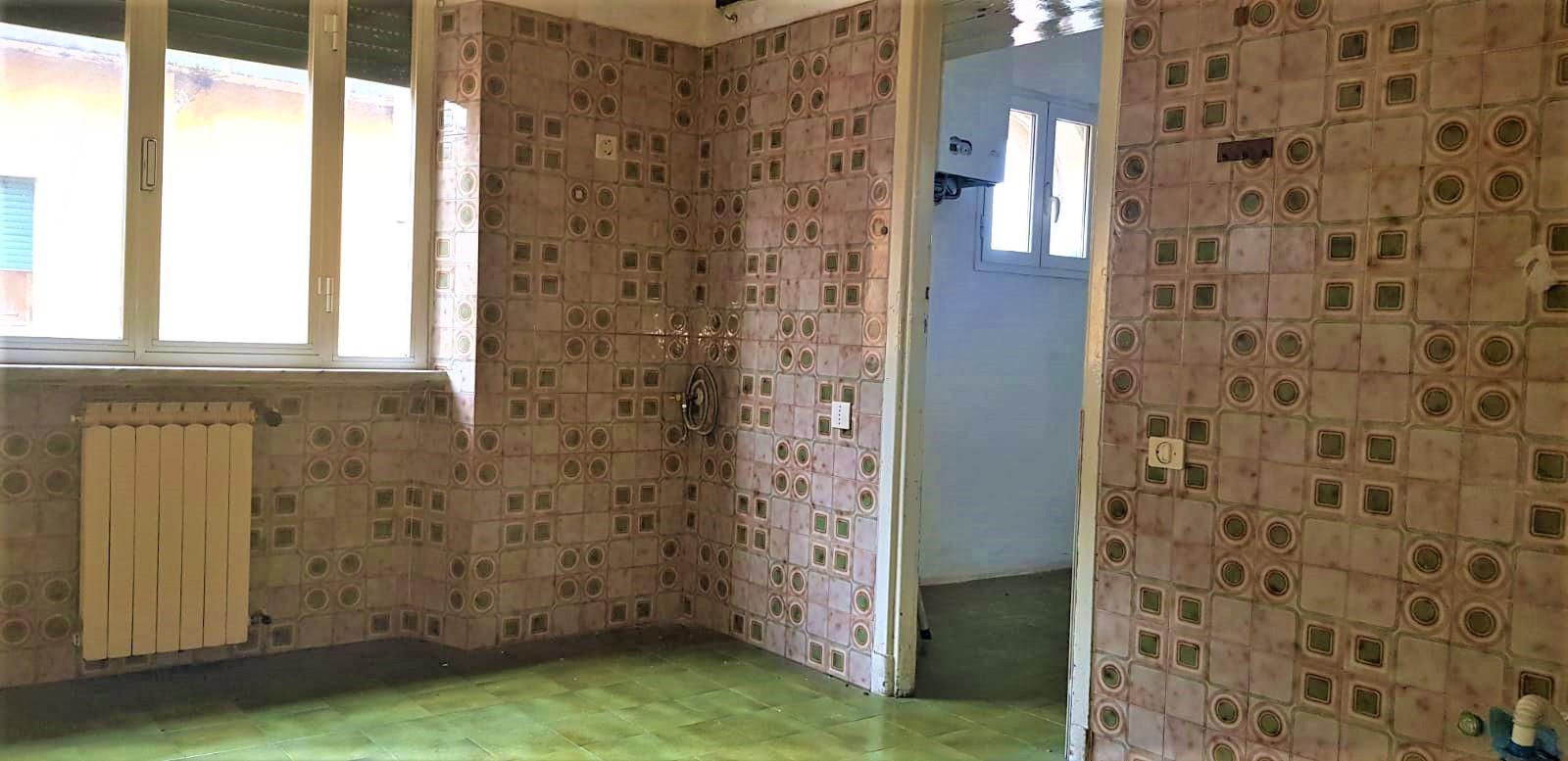 https://www.progettocasa1.it/immagini_immobili/15-11-2019/appartamento-vendita-colleferro-roma-viale-savoia-6-630.jpg