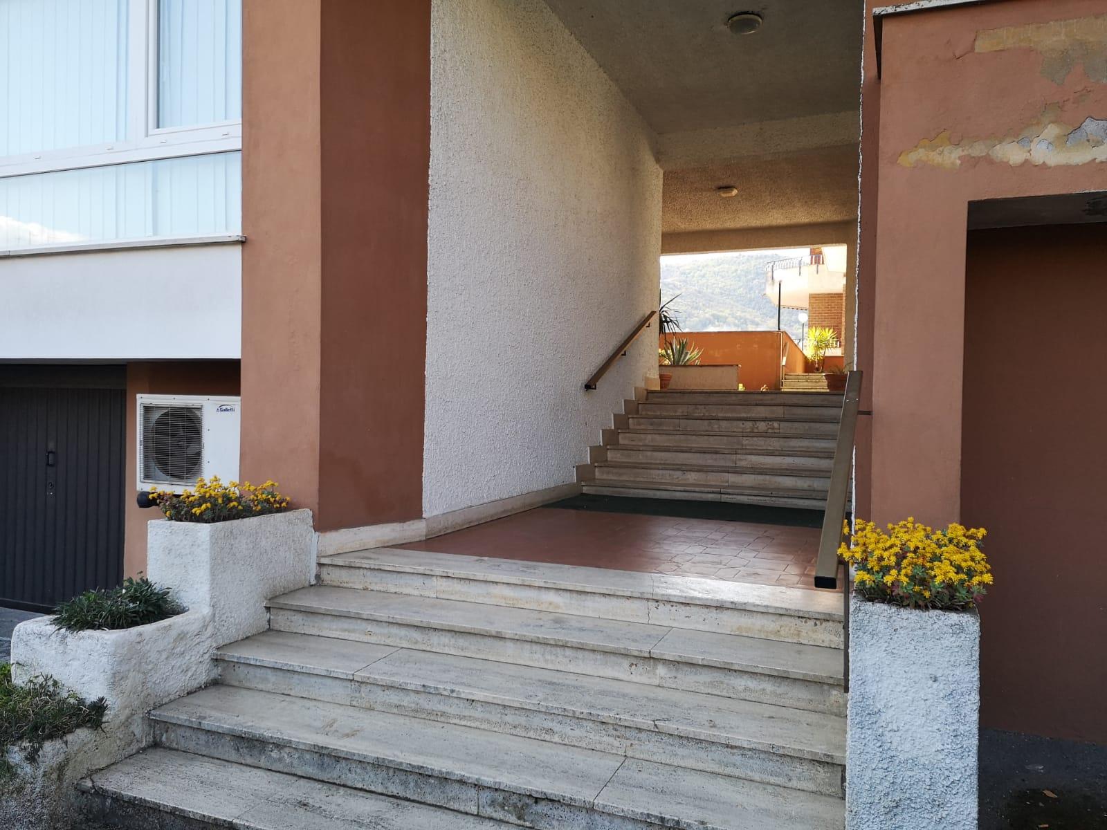 https://www.progettocasa1.it/immagini_immobili/16-04-2021/appartamento-vendita-colleferro-roma-via-latina100-630.jpg