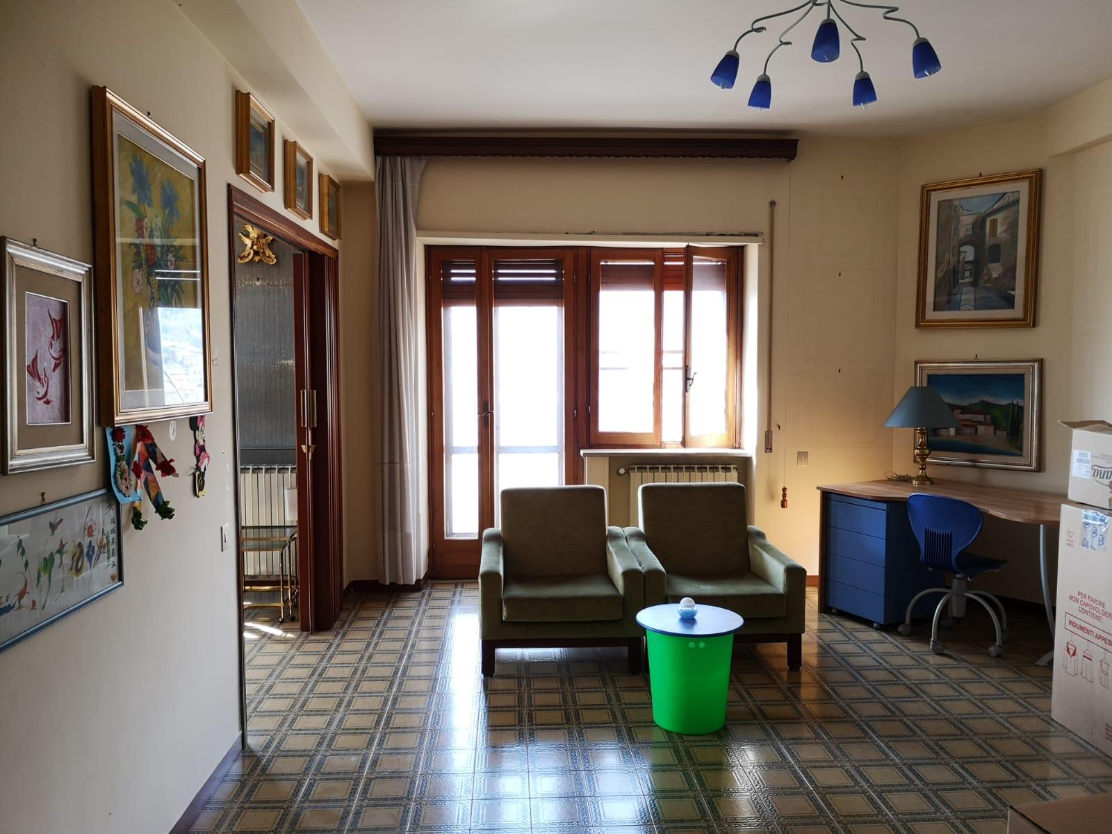 https://www.progettocasa1.it/immagini_immobili/16-04-2021/appartamento-vendita-colleferro-roma-via-latina100-634.jpg