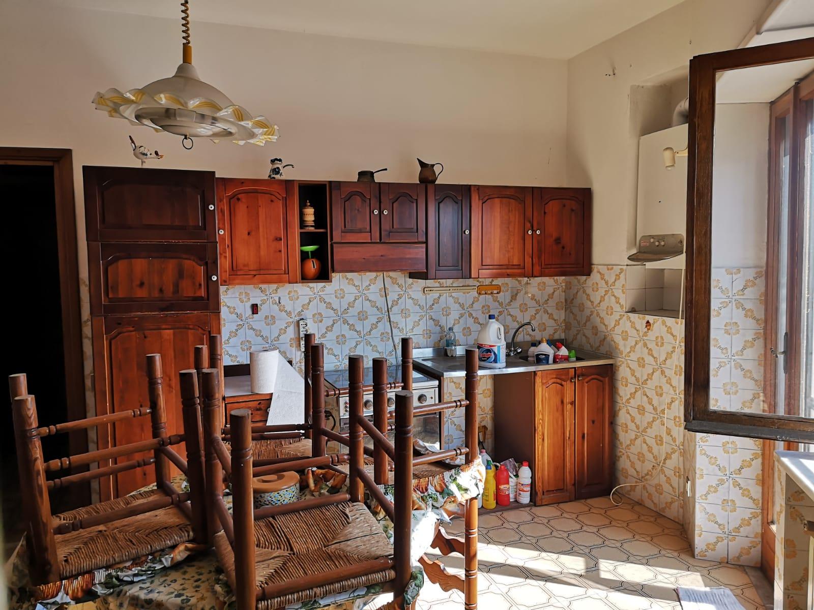 https://www.progettocasa1.it/immagini_immobili/16-04-2021/appartamento-vendita-colleferro-roma-via-latina100-639.jpg