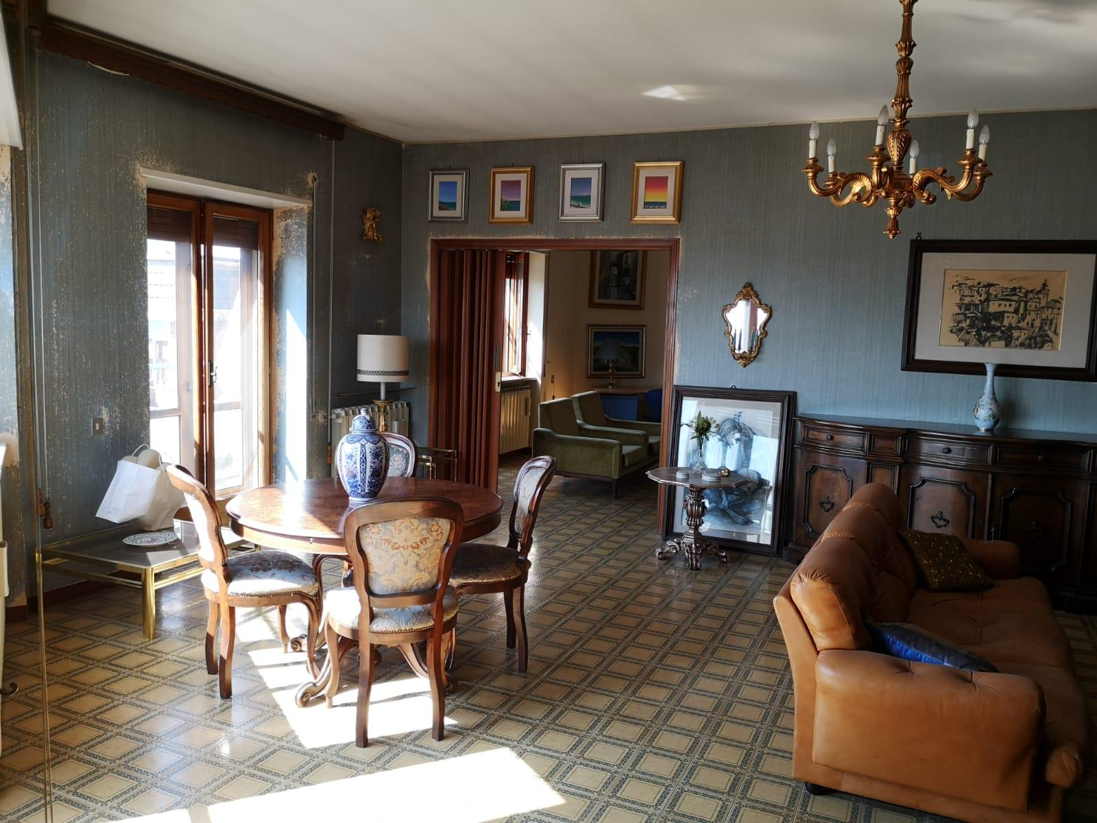 https://www.progettocasa1.it/immagini_immobili/16-04-2021/appartamento-vendita-colleferro-roma-via-latina100-649.jpg